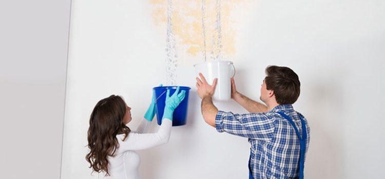 علاج تسرب الماء من السطح